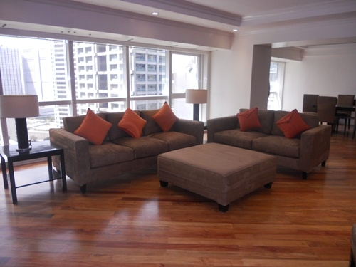 &nbsp;Apartment for Rent&nbsp;309sqm<br>&nbsp;Salcedo Village, Makati City<br>&nbsp;PHP250,000.00