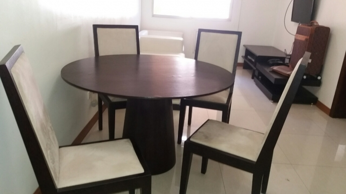 1 BR For Rent in Salcedo Village